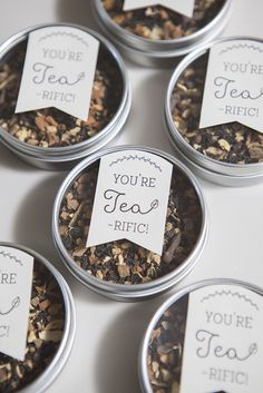 The Best Modern Wedding Favours For Every Style - Tea | CHWV