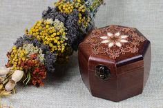 "Hand carved wooden jewerly box ""Barrel"". by KobaStore on Etsy"
