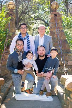 The Hoang Family  | Davis Park Dallas, Tx  | Dallas Photographer | Heather Buckley Photography | Dallas Photographer