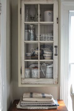 Gorgeous hanging cabinet cupboard with glass door
