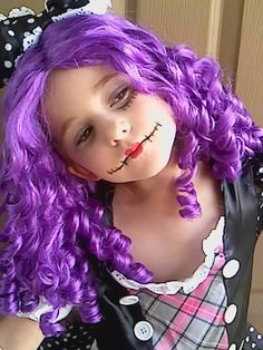 Baby girl wants to be a dead broken doll for Halloween.