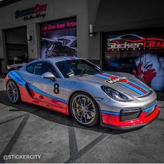 Absolutely phenomenal Martini Porsche Cayman GT4 that received a full body Xpel Clear Bra wrap.
