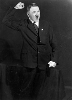 These pictures of Hitler were taken by his personal photographer Heinrich Hoffmann. Hitler was rehearsing his public speeches in front of the mirror and wanted to see how he looks from side, in order to practice the most charismatic postures.