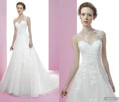 Edenia #miquelsuay #bridalcollection Bridal Collection, One Shoulder Wedding Dress, Wedding Dresses, Fashion, Different Dresses, Role Models, Lace Bolero, Confident Woman, Rosa Clara