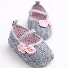 Cute sweet newborn mini shoes, booties | Mini Booties