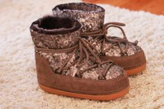 Win this beautiful pair of #IKKII boots on my blog now! http://jillepille.com/win-ikkii-boots/