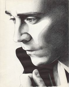 Tom Hiddleston Drawing~~Whoever made this kick-@$$ masterpiece...I say ANOTHER! *smashes a coffee mug* XD ;)