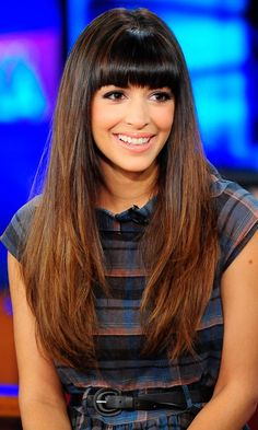 Hannah Simone... Love her hair! The bangs, the color, and the length.