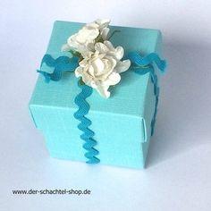 Box mit Blumen