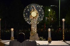 Medjugorge monstrance - Adoring Jesus and honoring Mary