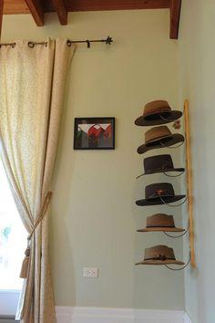 cabideiro para chapéu                                                                                                                                                      Mais