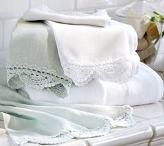 Crochet Trimmed Guest Towels, Set of 2