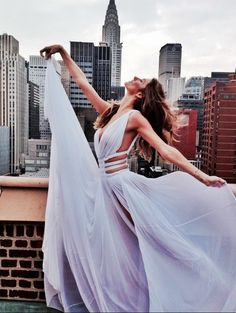 Yknow... Just in my princess dress dancing on top of my apartment building.. I wish this was me.