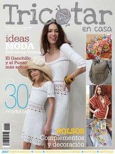 Ya en los quioscos el número 4 de Tricotar en casa Knitting Magazine, Crochet Magazine, Crochet Books, Knit Crochet, Crochet Designs, Crochet Patterns, Yarn Bombing, Crochet Woman, Pattern Books