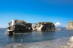 Gaiola is one of the minor islands of Naples, Italy, situates offshore of Posillipo, and gives its name to the underwater Park of Gaiola, a protected marine area. Beautiful Islands, Beautiful Places, City Magazine, Italian Life, Scenery Pictures, Like A Local, Small Island, Italy Vacation, Naples