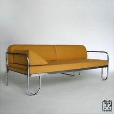 Tubular steel couch according to a draft by Anton Lorenz - ZEITLOS – BERLIN