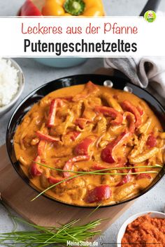 Paprika Putengeschnetzeltes in einer leckeren Rahmsoße – MeineStube Recipe for paprika sliced turkey in a delicious cream sauce. Prepared quickly and easily. With rice, spaetzle or pasta, a delicious family meal or a great lunch. Sauce A La Creme, Cena Keto, Sauce Crémeuse, Hamburger Meat Recipes, Sliced Turkey, Evening Meals, Family Meals, Meal Planning, Curry