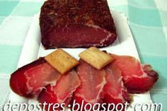 Lomo de cerdo curado a la sal - Load Tutorial and Ideas Pasta Grill, Meat Recipes, Cooking Recipes, Charcuterie Cheese, Meat Steak, Good Food, Yummy Food, How To Make Sausage, Kitchen Dishes