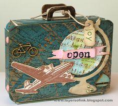 Summer Distress Sizzix Suitcase by Anna-Karin Evaldsson