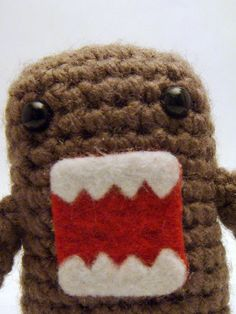 knitted Domo... i could see myself lovin one!