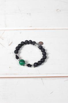 Bracciale unisex Yesring9 con perle nere grezze e verde grande