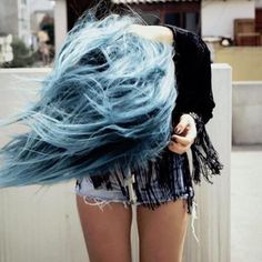 Blue pastel hair #pastel #hair #haircolour #trend #beachwaves #blue #pastelbluehair