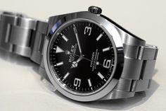 Rolex-Explorer-214270-side.jpg