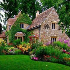 Oh, if only I were rich this is where I'd love to live...