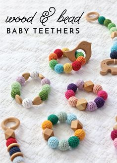 39 ideas diy wood baby gifts how to make for 2019 Baby Diy Projects, Baby Crafts, Vinyl Projects, Wooden Teething Ring, Dummy Clips, Crochet Bebe, Baby Teethers, Diy Holz, Teething Toys