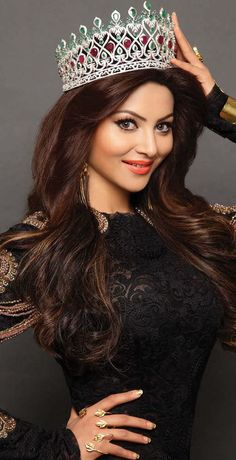 Urvashi Rautela (born 25 February is an Indian film actress and model who appears in Bollywood films. Rautela was crowned Miss Diva - 2015 and represented India at the Miss Universe 2015 pageant. Beautiful Girl Photo, Beautiful Girl Indian, Most Beautiful Indian Actress, Indian Celebrities, Bollywood Celebrities, Beautiful Bollywood Actress, Beautiful Actresses, Beauty Full Girl, Beauty Women