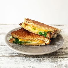 Grilled Cheese Poire & Miel - Mango and Salt C'est Bon, Grilling, Sandwiches, Mango, Cheese, Moment, Food, Simple, Honey