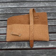 GARNY Leather Makeup Pouch Buffalo Leather por garnydesigns