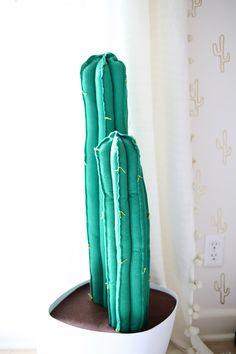 So kann man aus Filz einen tollen Kaktus selber machen - DIY Kaktusse Check more at http://diydekoideen.com/so-kann-man-aus-filz-einen-tollen-kaktus-selber-machen/