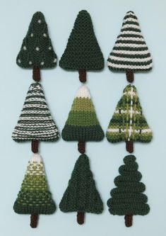 Christmas Trees 3 Knitting pattern by Squibblybups – christmas knitting ideas Knitted Christmas Decorations, Knit Christmas Ornaments, Christmas Stockings, Christmas Crafts, Crochet Christmas Trees, Christmas Quotes, Christmas Pictures, Handmade Decorations, Christmas Wreaths