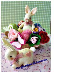 centrotavola con coniglietti in pannolenci