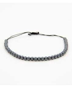 Produktdetails:   Farber:silber  Perlen: 6mm hämatitNaturstein Perlen  Verschluss:  Jedes Armband ist ein Einzelstück! Alle unsere Armbänder werden in sorgfältiger Handarbeit mit Liebe zum Detail hergestellt.