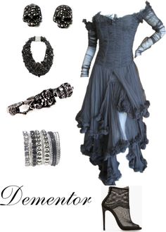 20 Slytherin Inspired Clothes And Accessories For Teen Girls - Fashiotopia Harry Potter Kostüm, Harry Potter Outfits, Harry Potter Dress, Teen Girl Outfits, Outfits For Teens, Cool Outfits, Hermione, Ravenclaw, Harry Potter Kleidung