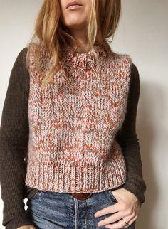 My Favourite Things Diy Top, Free Knitting Patterns For Women, Knit Cardigan Pattern, I Cord, Latex Fashion, Gothic Fashion, Hygge, Crochet Top, Knitwear