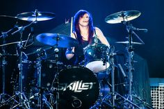 the awesomely talented Jen Ledger, Jen Ledger, How To Play Drums, Drum Kits, Drummers, Concert, Skillet, Awesome, Amazing, Musicians