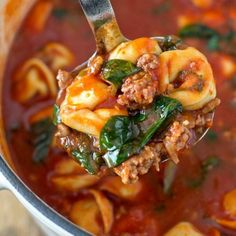 4HealthyRecipes.com     TORTELLINI SOUP WITH ITALIAN SAUSAGE & SPINACH