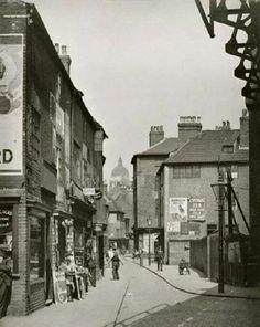 1931 Narrow Marsh Nottingham.