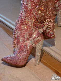 Now that's a boot! Swarovski-encrusted pink boots custom made by Christian Louboutin for Dita Von Teese for one of her celebrated burlesque routines. Bling Bling, Bling Shoes, Glitter Make Up, Fashion Week, Womens Fashion, Dita Von Teese, Everything Pink, Sexy Boots, Pink Boots