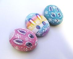 Easter Egg Bunny set of 3                                so pretty <3