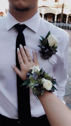 Bespoke Negro//Blanco Ojal Corsage madre de la novia novio boda invitados