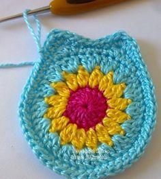 Tecendo Artes Em Crochet: Passo A Passo - Diy Crafts Marque-pages Au Crochet, Point Granny Au Crochet, Crochet Amigurumi, Crochet Motifs, Crochet Squares, Love Crochet, Crochet Flowers, Crochet Toys, Crochet Stitches