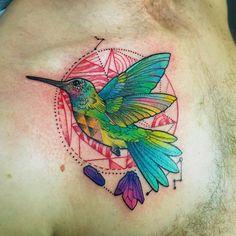 Aqui está uma seleção das tatuagens ultra coloridas da artista Katie Shocrylas…