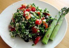 Raw Cauliflower Couscous with Fresh Herbs Recipe (Grain-Free! Detox Recipes, Raw Food Recipes, Veggie Recipes, Wine Recipes, Cooking Recipes, Healthy Recipes, Freezer Recipes, Freezer Cooking, Healthy Foods