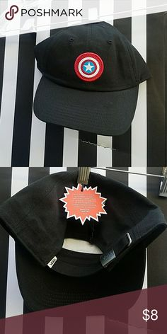 VANS CAPTAIN AMERICA HAT Black with Captain America shield embroidered on.  New. Never worn f21a4cbaebf
