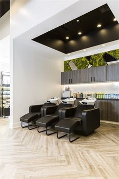 We saw several salons remove the idea of a front desk in this year's submissions, and Lavish Salon in Friendswood, Texas, was on trend. It's moss-covered walls were also unique, and the salon earned a spot as a 2018 Salon of Distinction. Home Hair Salons, Hair Salon Interior, Nail Salon Decor, Beauty Salon Decor, Home Salon, Hair And Beauty Salon, Salon Shampoo Area, Shampoo Bowls Salon, Spa Interior Design