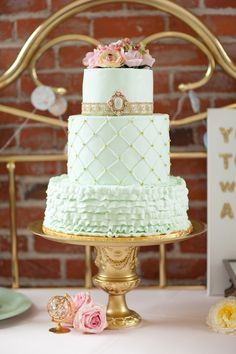 mint + gold wedding cake // photo by Kelly Benton